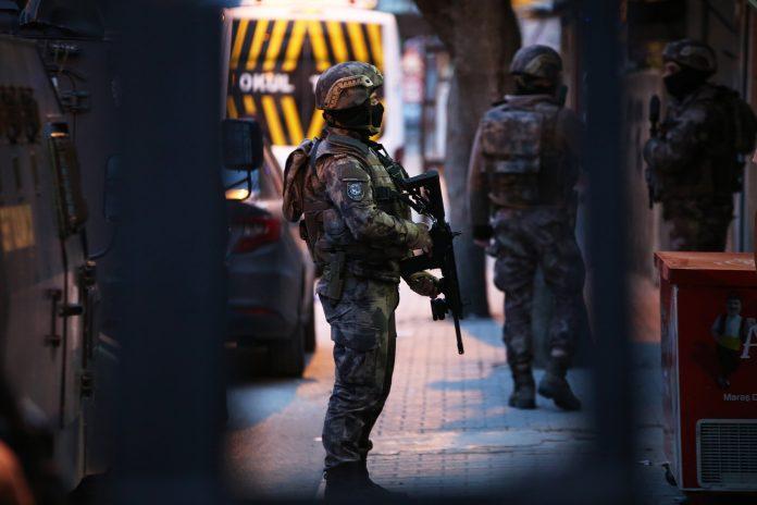 Turkiga Ayaa Qabtey xubnood ka tirsan Daesh oo rabay in ay weeraran Saldhiga Incirlik