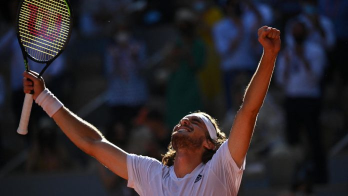 Tsitsipas fights back against Zverev and secures place in first Grand Slam final
