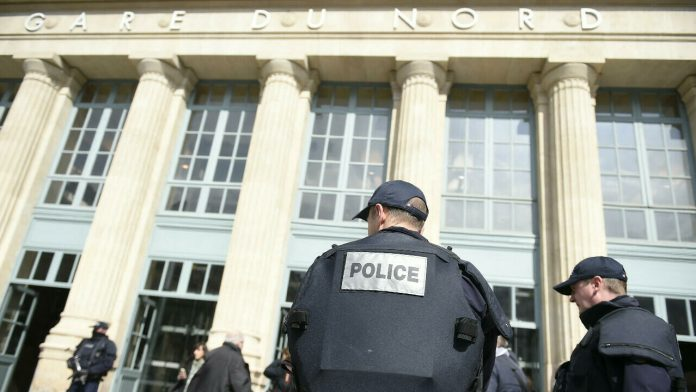 Rights groups take police racial profiling case in French court