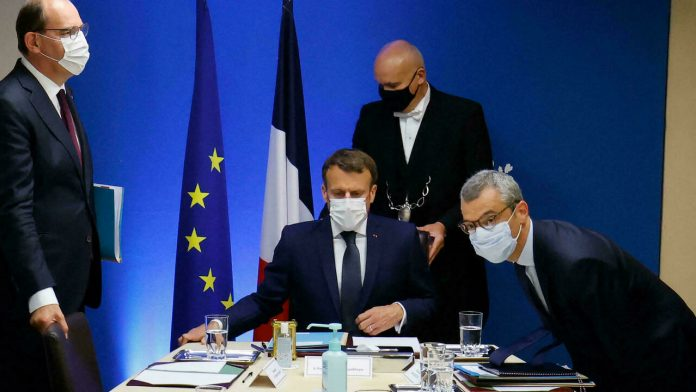 Macron holds cybersecurity meeting after allegations that Pegasus spyware targeted him